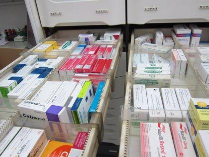 La mitad de los medicamentos financiados de venta en farmacia cuestan menos de 3,5 euros