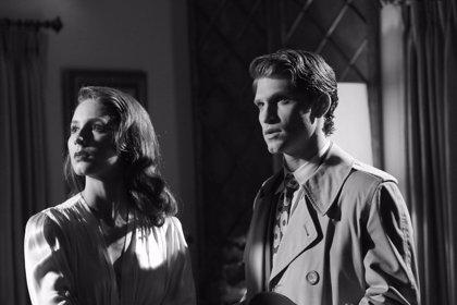 Clip y fotografías del episodio en blanco y negro de 'Pretty Little Liars'