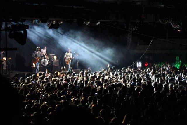 Izal conquista la capital con su concierto en La Riviera