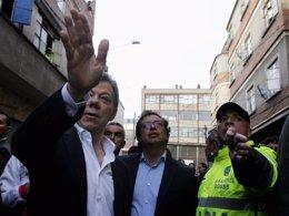 Santos, Petro, alcalde de Bogotá, y jefe de la Policía de Colombia
