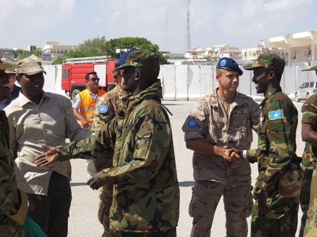 Instructores de la UE reciben al nuevo reemplazo del Ejército somalí