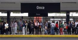 Estación ferroviaria Once de Septiembre (Once), en Buenos Aires, Argentina.