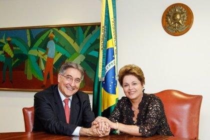 Rousseff anuncia la dimisión de su ministro de Industria