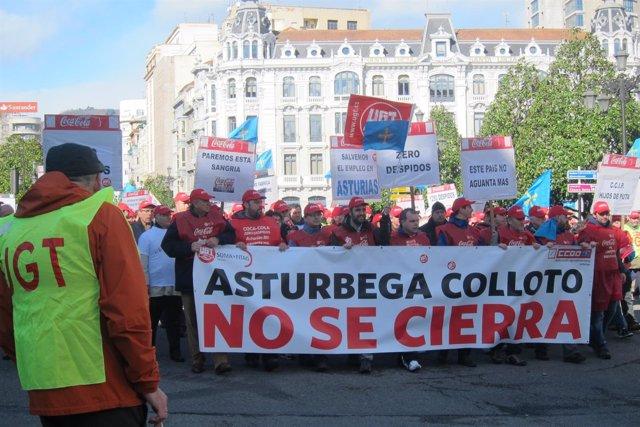 Manifestación en Asturias contra el cierre de Coca-Cola