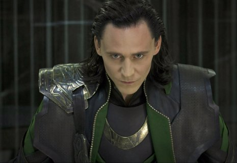 Tom Hiddleston es Loki