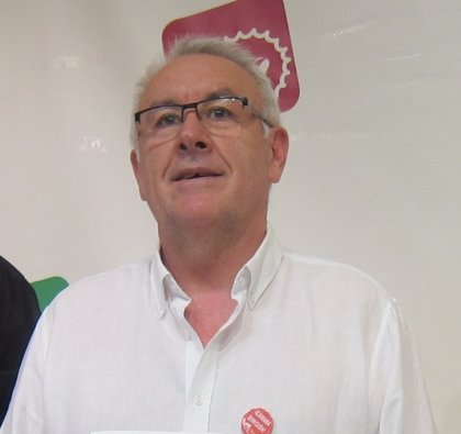 """Cayo Lara cree que """"todavía es pronto"""" para hablar de qué puestos ocuparán los candidatos asturianos a las europeas"""