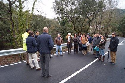Diputación inaugura las obras de mejora de la carretera de Los Romeros a la N-435
