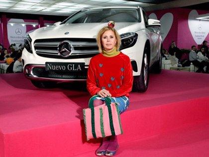 Agatha Ruiz de la Prada llena de corazones el Mercedes-Benz Living de MBFWM