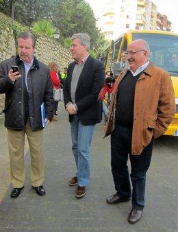 Fernández de Moya (c), con García Anguita y Ruiz, antes de atender a la prensa.