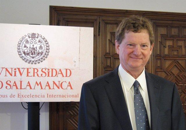 El fundador y codirector del Grupo de Investigación del G-20, John Kirton