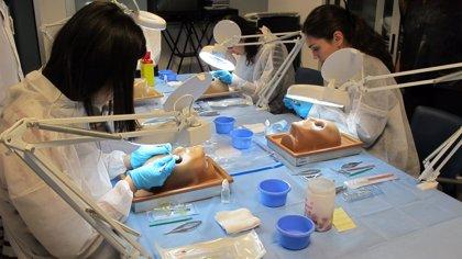 La Candelaria organiza un taller formativo sobre cirugía de glaucoma