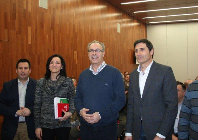 Fernández (dcha.) junto a Durán, Crespín y Expósito