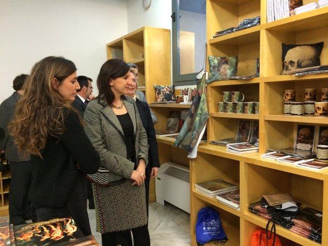 Català en la inauguración de la tienda del San Pío V
