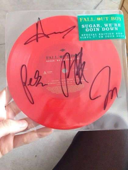 Sorteo: ¡Vinilo especial firmado por Fall Out Boy!