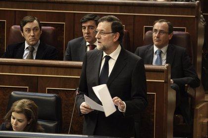 Rajoy recuerda que la Justicia ya investiga la quiebra de cajas y rechaza una comisión de investigación