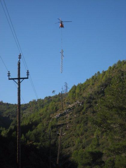 Endesa cierra una anilla eléctrica en Rubí para reforzar el servicio
