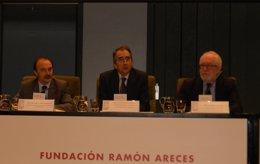 Jesús Gracia, Secretario de Estado Cooperación Internaciola inauguro el evento.