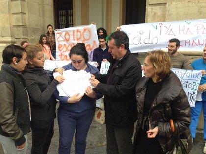 """Espadas reclama a Zoido que inicie """"ya"""" las contrataciones de las escuelas taller"""