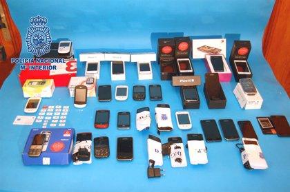 Detenidas 71 personas por la compra de 122 teléfonos móviles robados en Tenerife