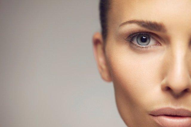 Cara de mujer con piel perfecta