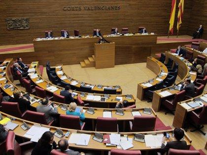 El PP rechaza que se repruebe a los consellers que faltan dos o más veces a las Corts