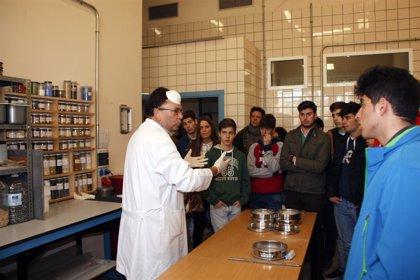 La Escuela de Ingeniería de la US recibe a casi 1.000 estudiantes en las Jornadas Preuniversitarias