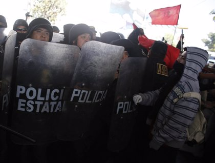 Interceptan a los manifestantes contra la cumbre de Norteamérica