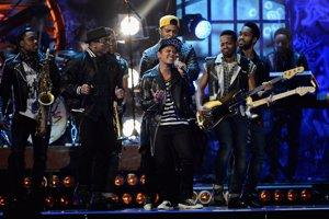 Brit 2014, Bruno Mars