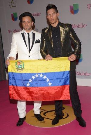 Chino y Nacho en Premios lo Nuestro