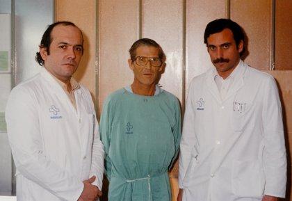 El Hospital de Bellvitge hizo hace 30 años el primer trasplante de hígado en España