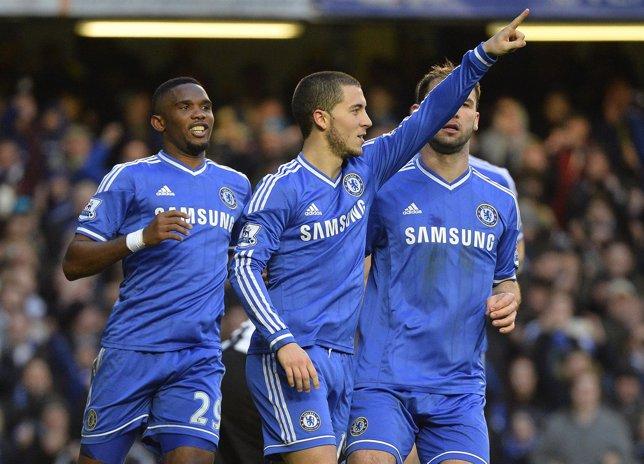 El Liverpool fulmina al Arsenal y el Chelsea se pone líder