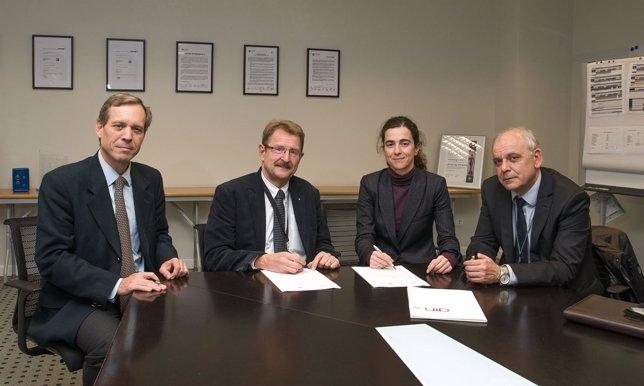VW y AIN colaborarán en programas formativos.