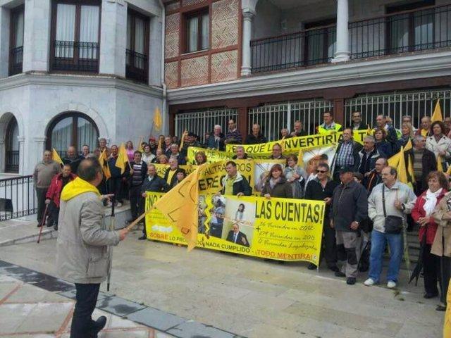 Protesta de derribos convocada por AMA