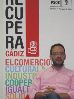 Antonio Hernando, en el transcurso del coloquio