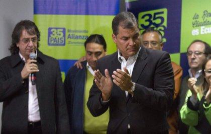 Alianza País se hace con nueve prefecturas pero pierde en Quito y Guayaquil