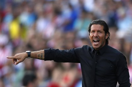 """Fútbol.- Simeone: """"Cuando el rival es mejor, le felicito"""""""