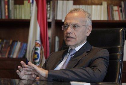 """Paraguay.- El Gobierno propone """"golpear el bolsillo"""" para superar el déficit"""
