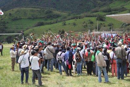 Trescientas personas abandonan sus casas en medio de un fuego cruzado entre Ejército y las FARC