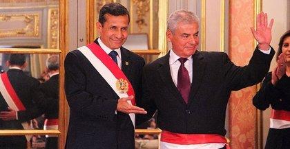 Primer ministro peruano dimite tras una disputa con el titular de Economía y la esposa de Humala
