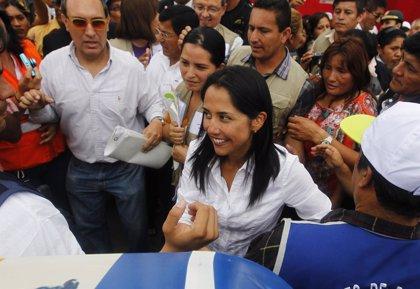 """El padre de Humala afirma que Nadine Heredia """"es una loca de atar"""""""