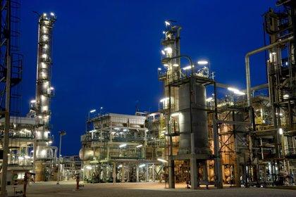 Repsol recibirá bonos por 5.000 millones de dólares por YPF