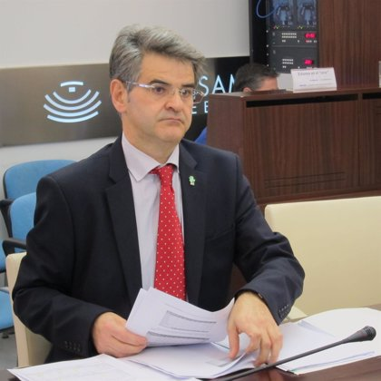 """Extremadura-Ceciliano Franco dice que """"no"""" dio órdenes """"a nadie"""" para """"manipular"""" los datos de lista de espera sanitaria"""