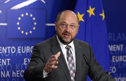 Los partidos socialistas de Europa eligen a Martin Schulz como candidato a presidir la Comisión Europea