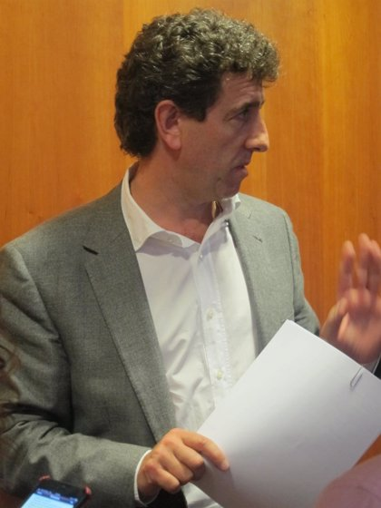 Gutiérrez (PSOE) se pregunta por qué nadie pide responsabilidades a Jaime Reinares (PP)