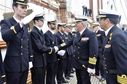 El buque-escuela 'Juan Sebastián de Elcano' inicia la segunda fase del LXXXV Crucero de Instrucción
