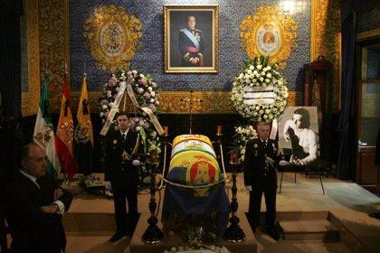 Los restos mortales de Paco de Lucía ya descansan en su ciudad natal