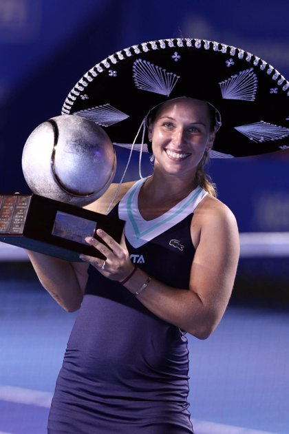 La eslovaca Dominika Cibulkova logra el título en Acapulco