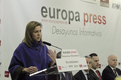 """Cospedal dice que el PP anunciará su candidato a las europeas """"a la vuelta"""" del Congreso del PPE en Dublín"""