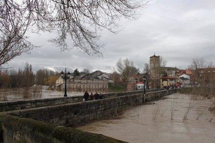 Baja el nivel de cuatro ríos y crece el caudal del Órbigo