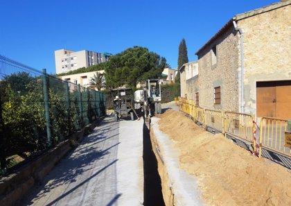 Endesa reforma la red de Sant Pere de Ribes para reforzar el servicio en el Hospital Sant Camil